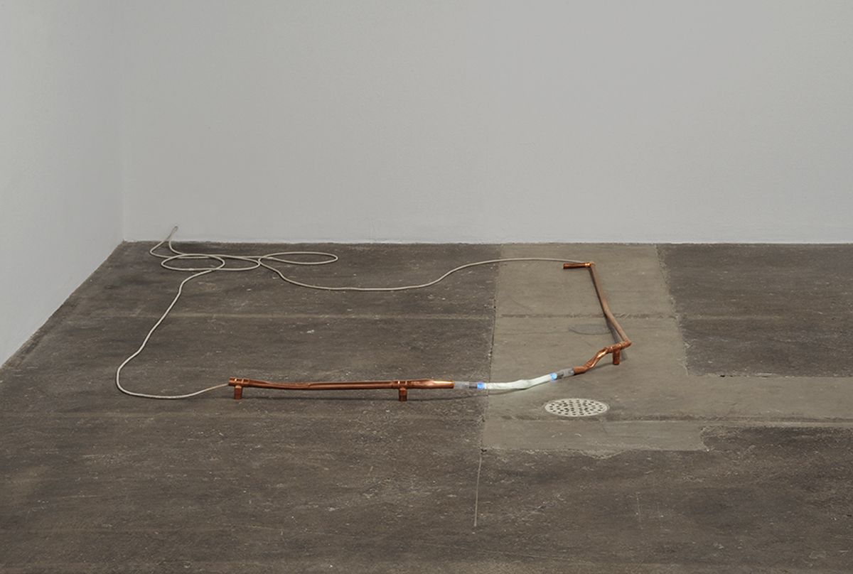 Soft Corner, 2013. Copper, neon, cable, 5000V.